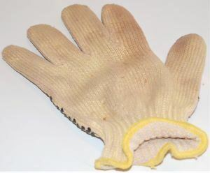 Kevlar Carving Glove Back side made from heavy nylon