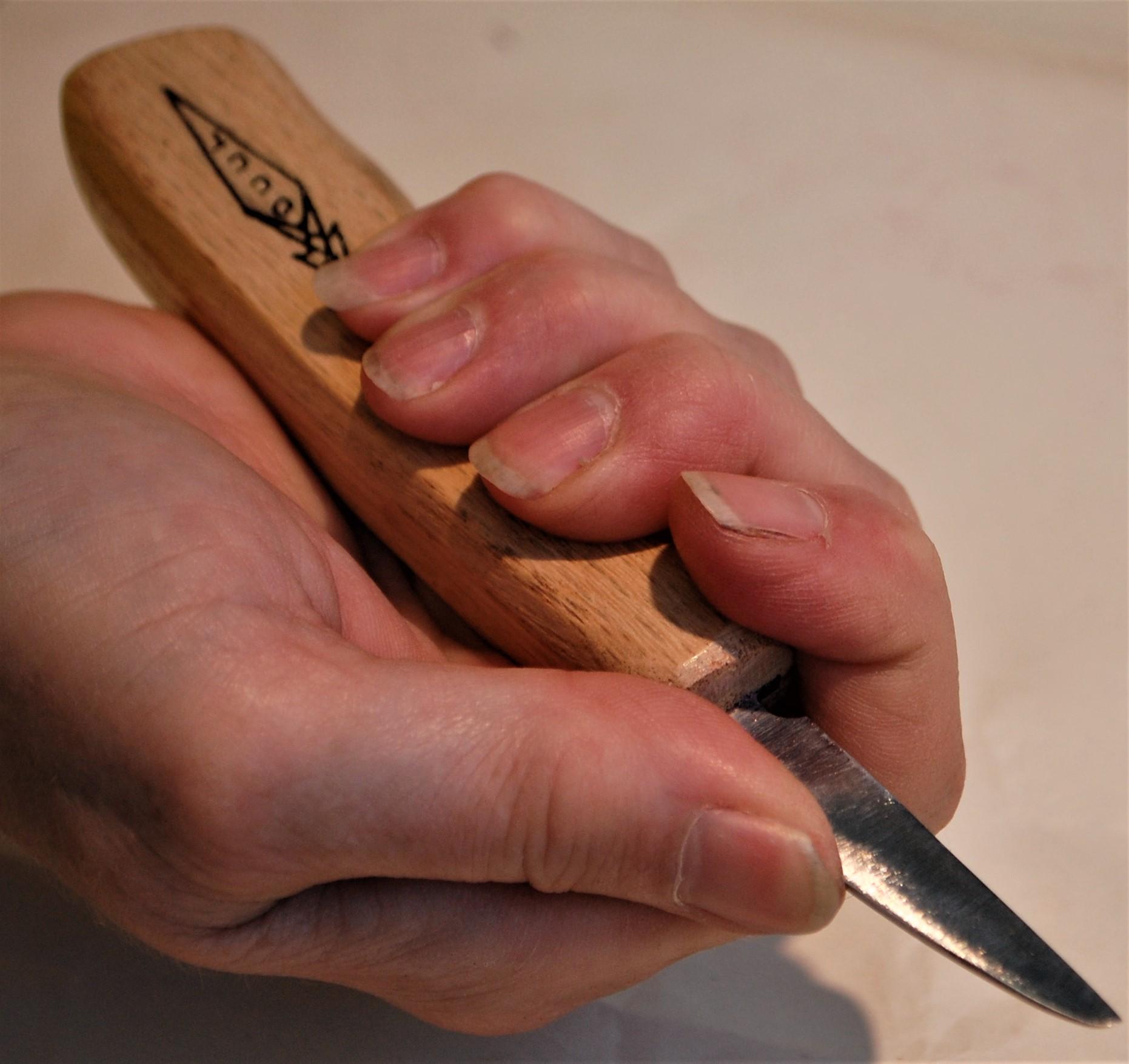V Cut Hold Step 2
